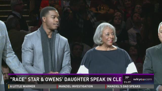 Star of 'Race' and Jesse Owens' daughter speak at Cavs game